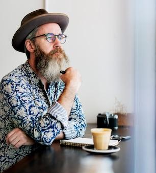 Concetto di rilassamento di ricreazione della pausa caffè
