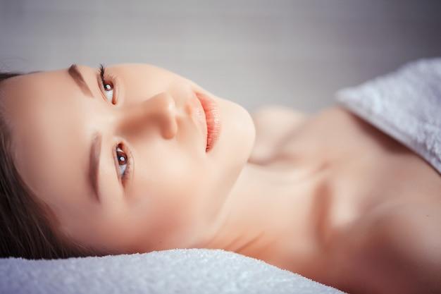 Concetto di salute, bellezza, resort e relax