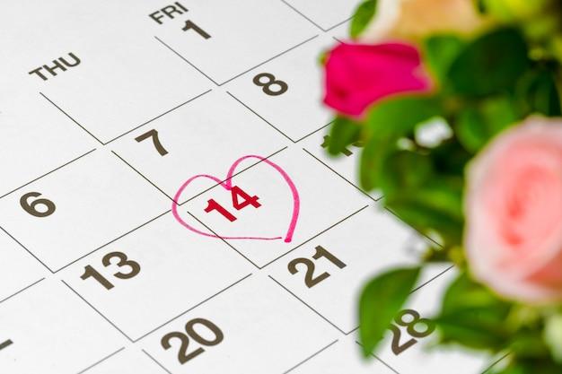 Concetto di san valentino. fiori freschi con numero di 14