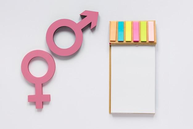 Concetto di simbolo colorato uguali diritti