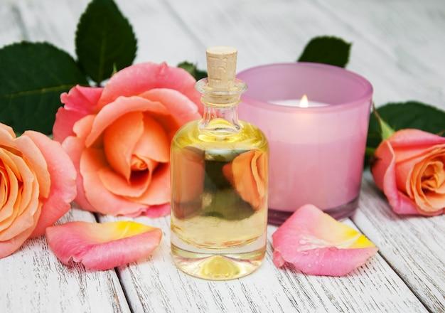Concetto di spa con rose rosa