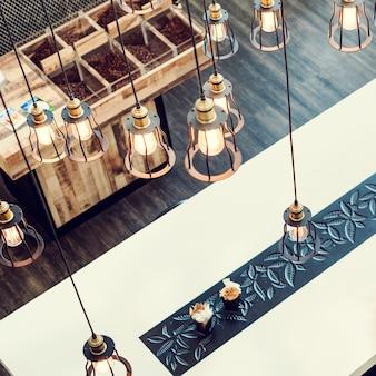 Concetto di stile contemporaneo della sala da pranzo di interior design
