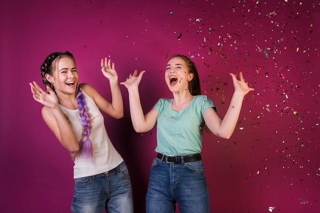 Concetto di stile di vita di amici adolescenti