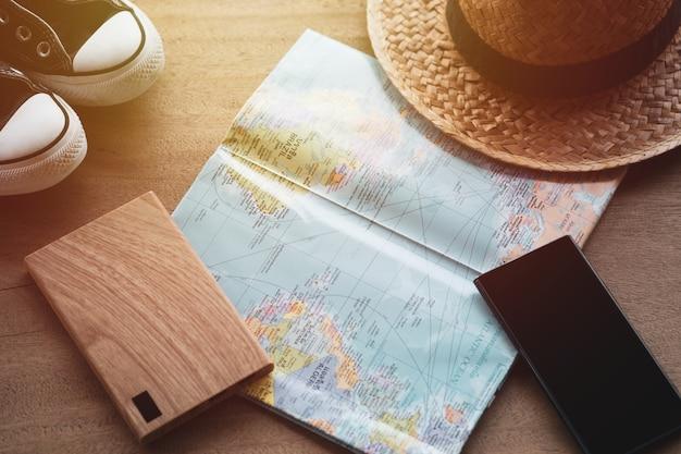 Concetto di viaggio, accessori per il turismo,