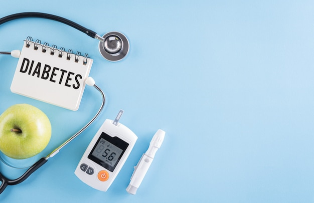 Concetto medico e sanitario, set di misuratori di glicemia e stetoscopio