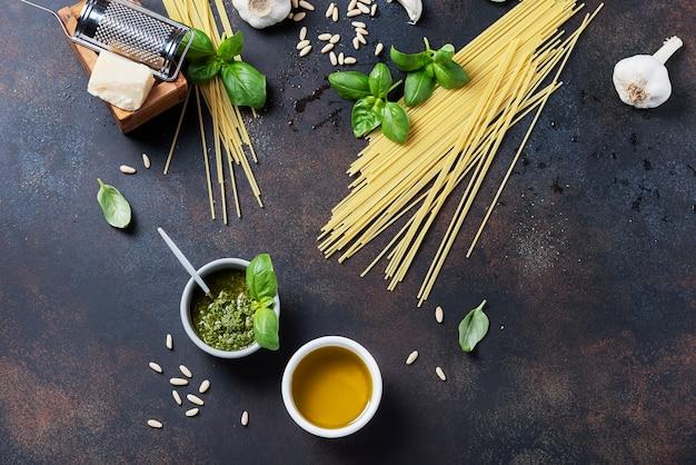 Condimenti per la cottura della pasta italiana