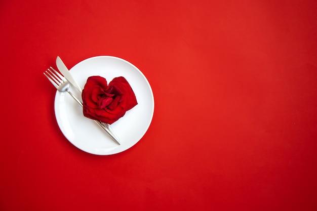 Congratulazioni per la cena romantica di san valentino.