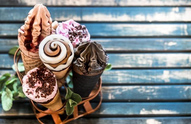 Coni gelato nello stand