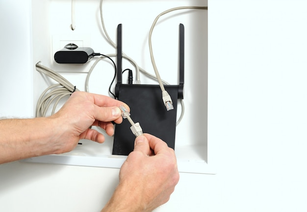 Connessione del router wi-fi a internet.