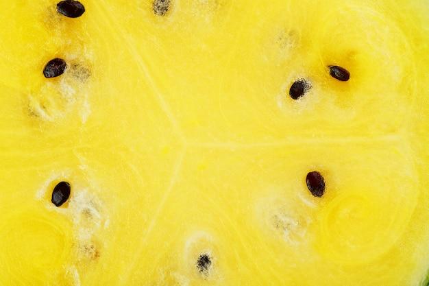 Consistenza della polpa succosa di anguria gialla