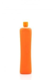 Contenitore detergente di plastica su priorità bassa bianca