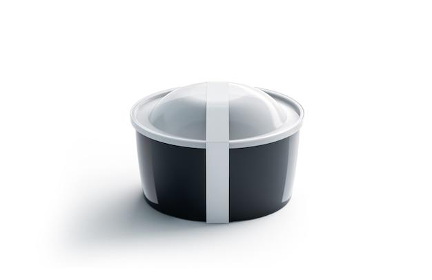 Contenitore monouso rotondo nero vuoto con etichetta bianca, isolato