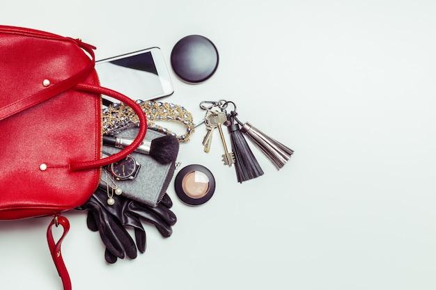 Contenuto della borsa da donna