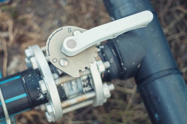Controllo dell'acqua valvola a farfalla utilizzato nei lavori industriali.