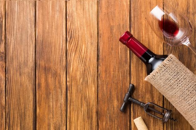 Copertina in tessuto per vino e spazio copia