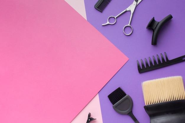 Copia spazio con accessori per capelli