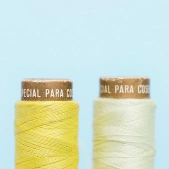 Coppia di reali filo giallo