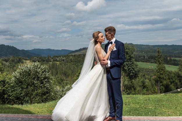 Coppia felice foto del matrimonio coppia innamorata