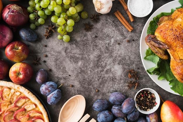 Cornice circolare per alimenti vista dall'alto con copia-spazio