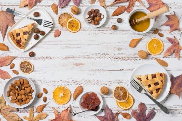 Cornice circolare piatta per alimenti con copia-spazio