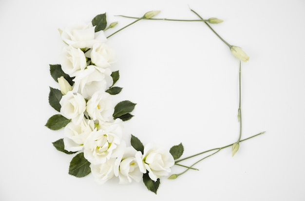 Cornice decorativa di fiori