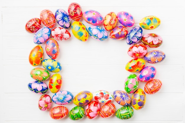 Cornice della collezione di uova di pasqua