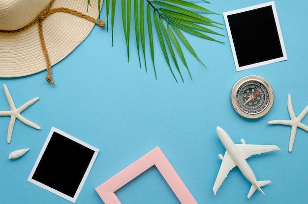 Cornice di strumenti per viaggiare