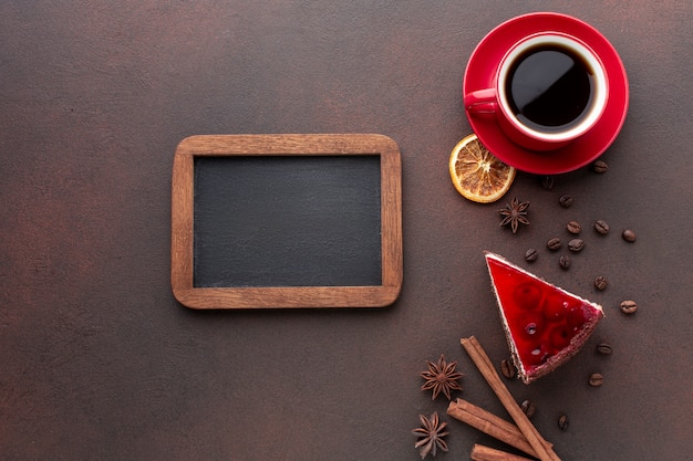 Cornice mock-up con caffè