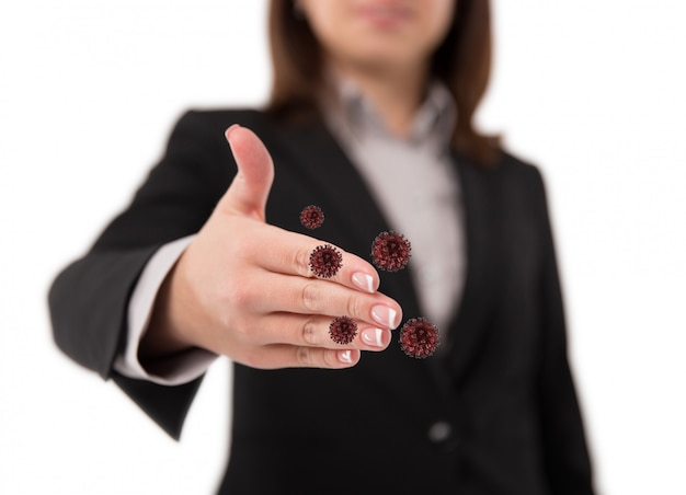 Coronavirus o batteri si diffondono per stretta di mano o concetto di tocco della mano. di 'di no alla stretta di mano. stretta di mano della donna di affari e diffusione del virus