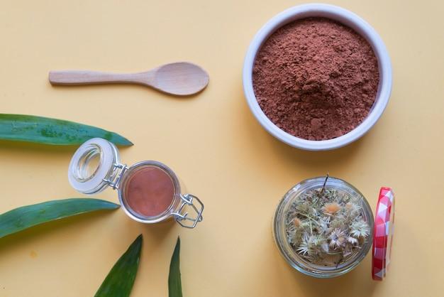 Cosmetica ecologica argilla rossa