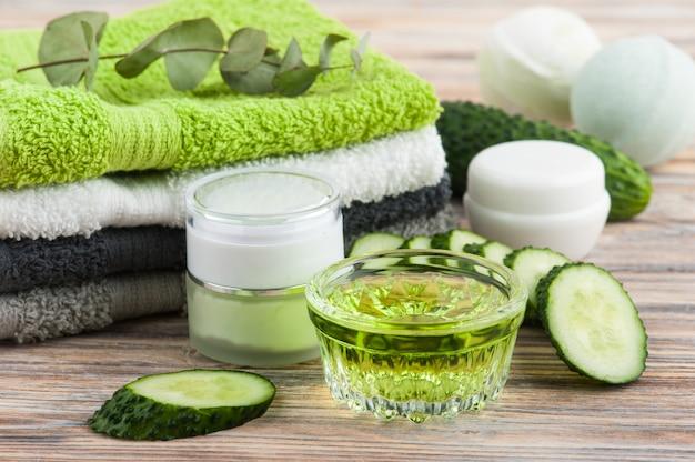 Cosmetici naturali al cetriolo, lozione biologica