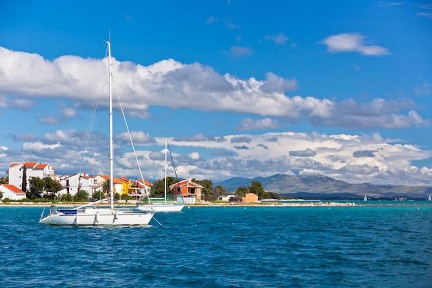 Costa croata vista dal mare