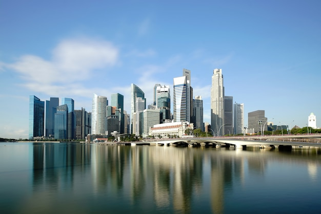 Costruzione del centro finanziaria dell'orizzonte del distretto aziendale di singapore