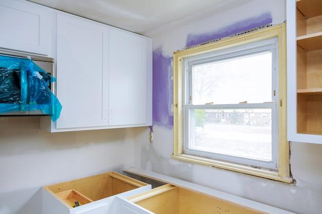 Costruzione di interior design di una cucina