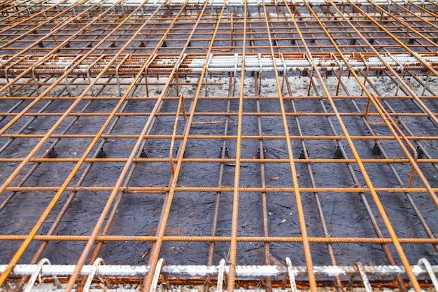 Costruzione di un nuovo edificio, legatura di rinforzo