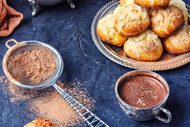 Cottura e cacao caldo
