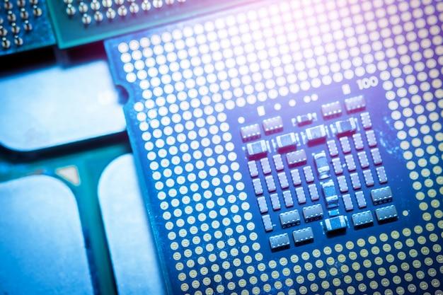 Cpu del computer blu. concetti di tecnologia moderna