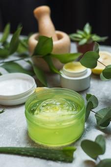 Creazione di cosmetici naturali dalle piante