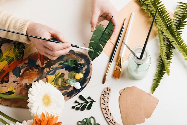 Creazione di pittura artistica ad alto angolo