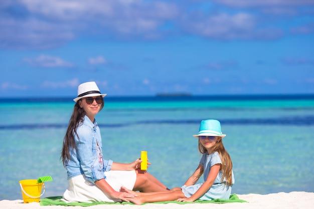 Crema solare per la protezione dei bambini