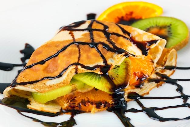Crepe con kiwi e arancia