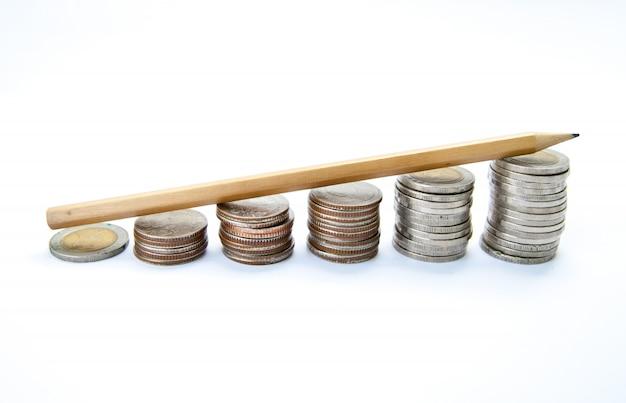 Crescita della scala della matita e dei soldi