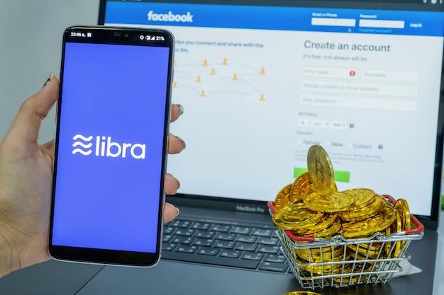Criptovaluta di facebook e criptovaluta di bitcoin