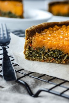 Crostata di zucca e bietole con farina integrale. cucina casalinga vegana.