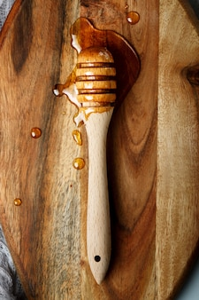 Cucchiaio di miele, mestolo di legno speciale