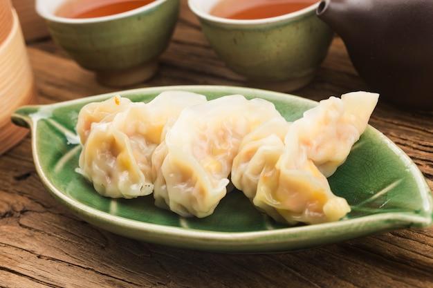 Cucina cinese: un piatto di gnocchi al vapore snack