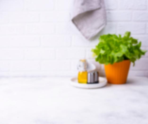 Cucina moderna sfocato in colori chiari