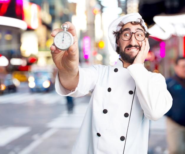 Cuoco pazzo espressione preoccupata