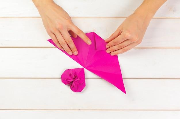 Cuore origami. simbolo di san valentino