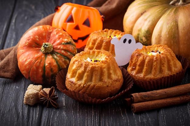 Cupcakes di zucca di halloween